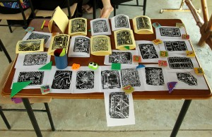 Tamani prints on table